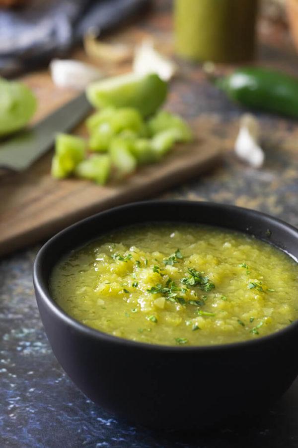 Green Tomato Salsa Verde Recipe (low carb)