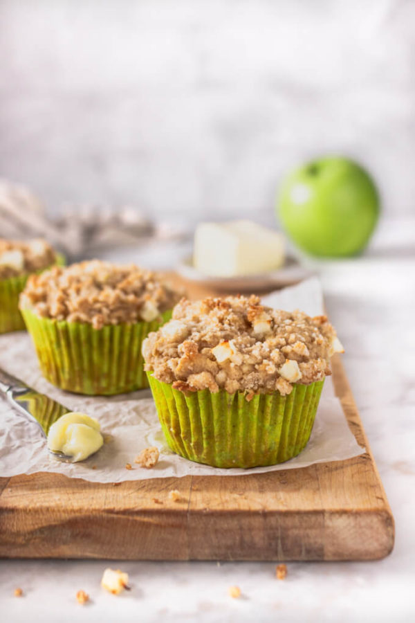 Low Carb Apple Crumb Muffins